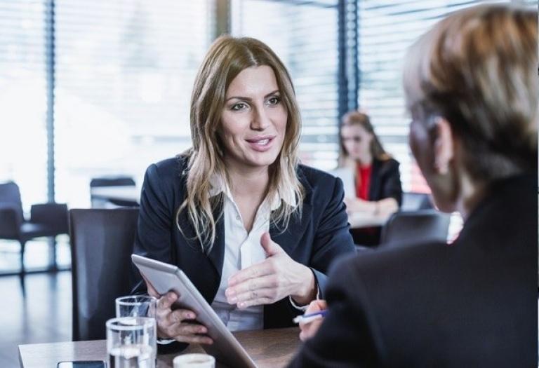 онлайн система за планиране на срещи за консултанти и агенции